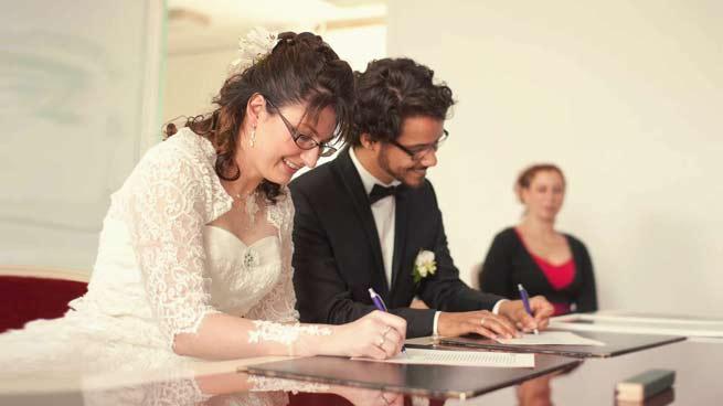 Signature à la mairie